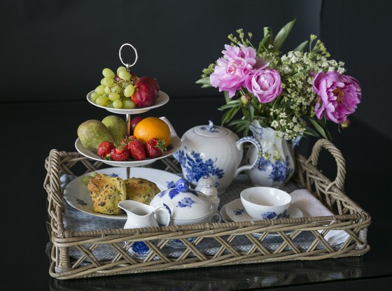 Blue Flower table setting - See the entire selection here